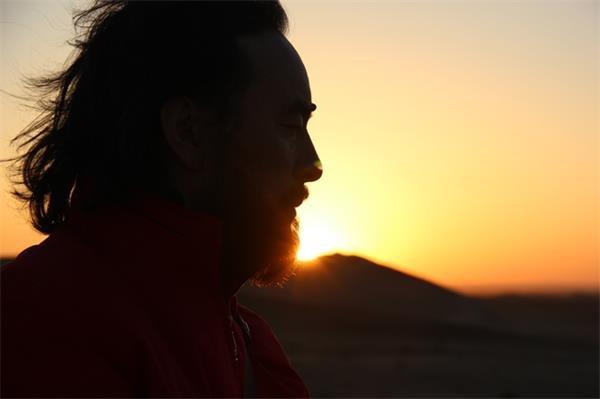黄昏的叹息——《拜月的狐儿——雪漠的情诗或道歌》精选 - 雪漠 -