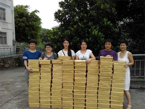 广州市香巴文化研究院向100位专家学者赠阅《飞天》杂志及《解读雪漠》 - 雪漠 -