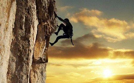 有信仰的人不会失败——读《一个人的西部》 - 雪漠 -